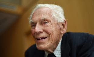 Dr. Fred Roots, age 93, during a break in a board meeting of Students on Ice. (Fred Lum/The Globe and Mail)
