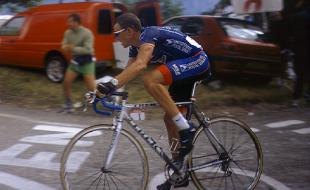 Lance Armstrong riding to victory in the 2001 Tour de France